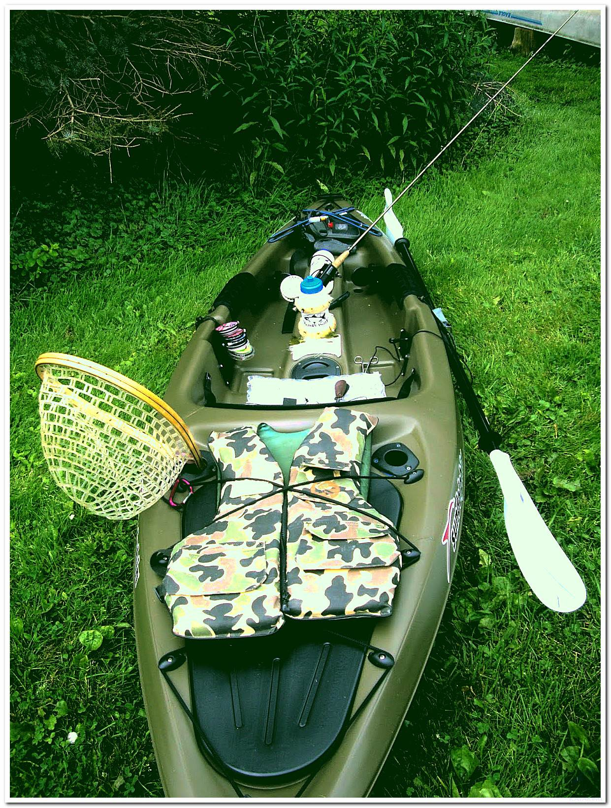 Sun Dolphin Kayak decked out